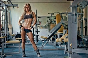 Умные женщины выбирают силовые тренировки для похудения