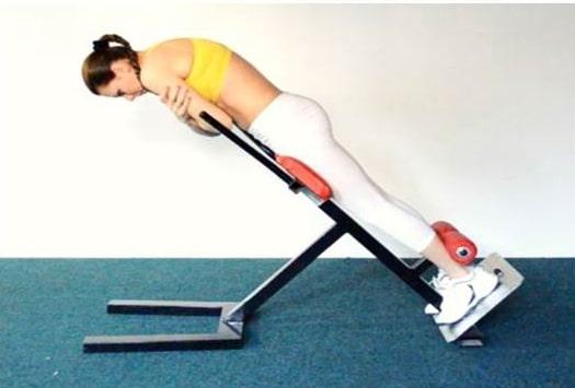 Гиперэкстензия: тренируем спину. Гиперэкстензия на ягодицы.