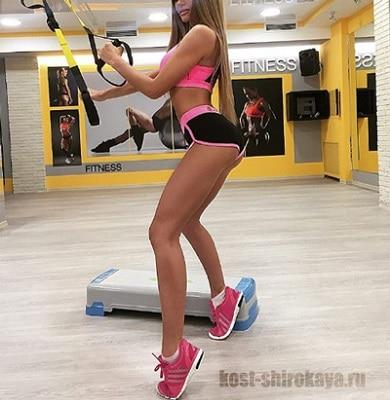 Правильное селфи; Как сделать красивое селфи; как сделать селфи; селфи спортивных девушек;