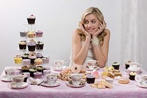 Сладкоголизм: почему постоянно хочется сладкого?