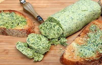 7 здоровых рецептов пасты из чесночных стрелок для пп бутербродов: витамины с огорода